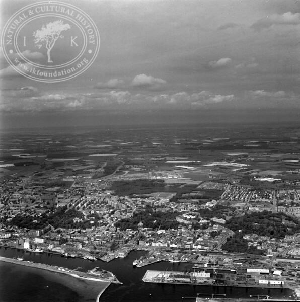 Helsingborg Harbor | EE.1200
