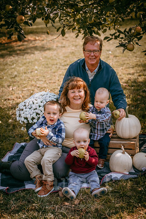 Susan's Family Fall 2020