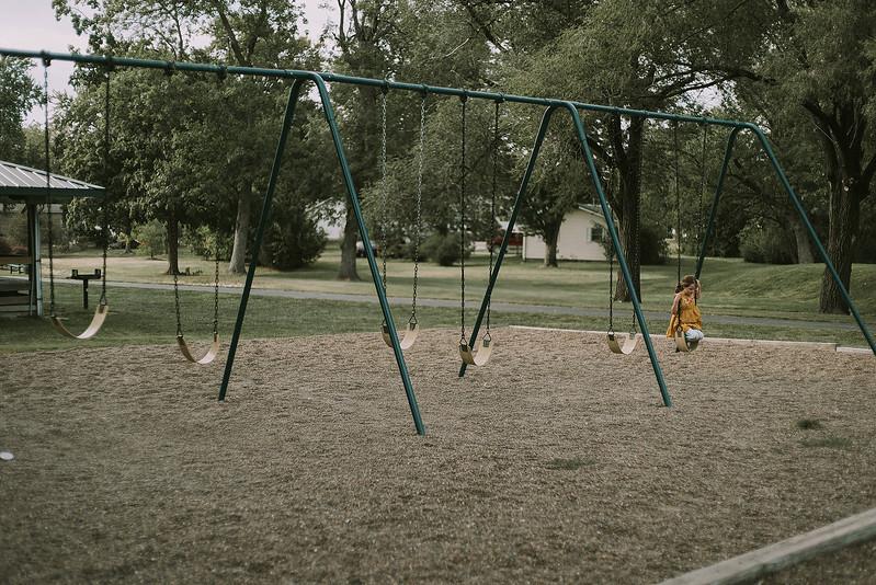 Eloise & Isabelle, BG Park 43.jpg