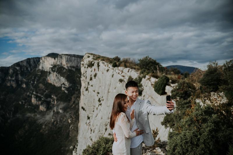 Tu-Nguyen-Destination-Wedding-Photographer-Rougon-South-of-France-Videographer-Ryan-Sophia-168.jpg
