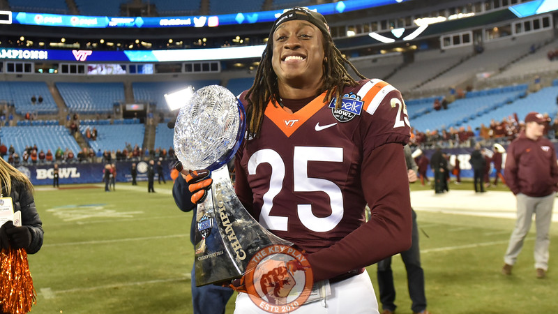 Virginia Tech rover Terrell Edmunds (25) poses for photos with the trophy. (Michael Shroyer/ TheKeyPlay.com)