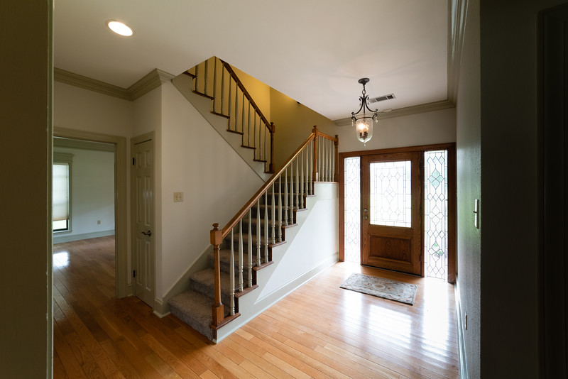 3_foyer-062519-005.jpg