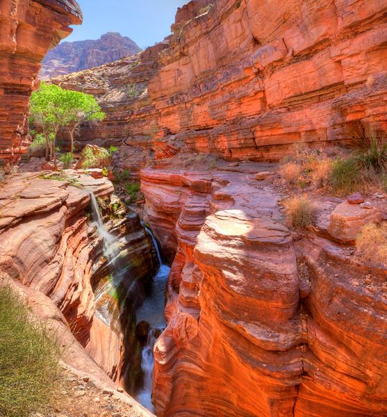7158 Deer Creek Falls