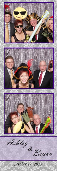 Boothie-AshleyAndBryan-PhotoBoothRental (10).jpg