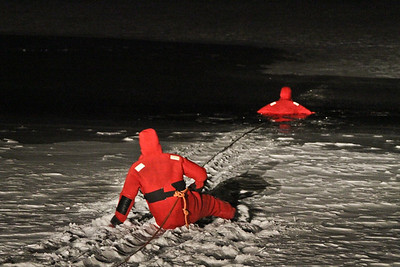 1-11-11 Ice Rescue Drill, Cortlandt Lake