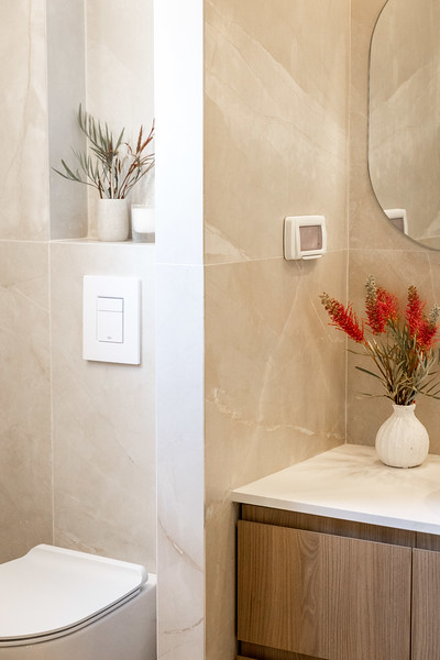 Nat Bathroom (5).jpg
