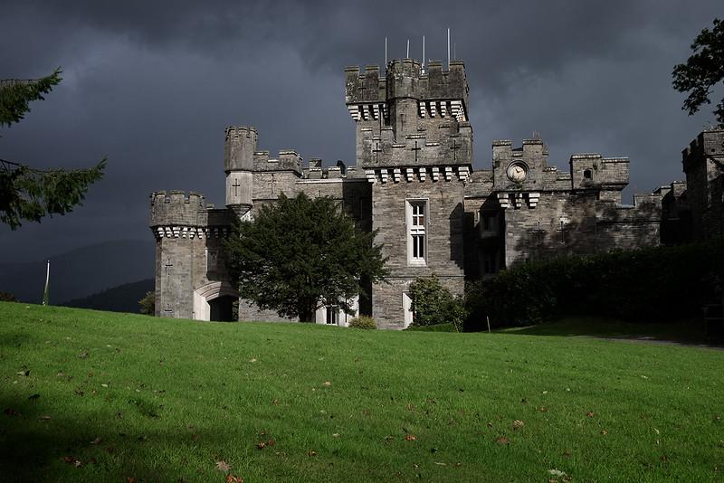 Wray Castle 1609295412-1.jpg
