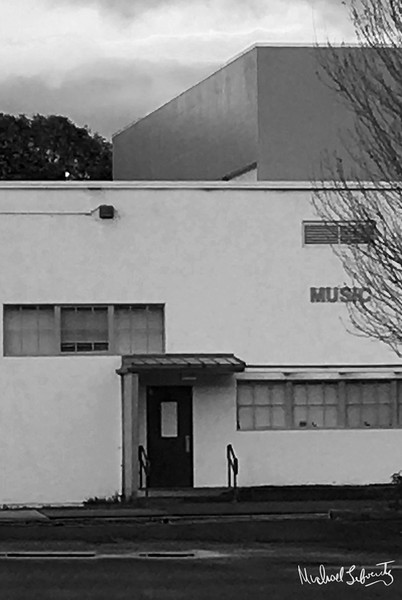 music school in nlack and white (1 of 1)