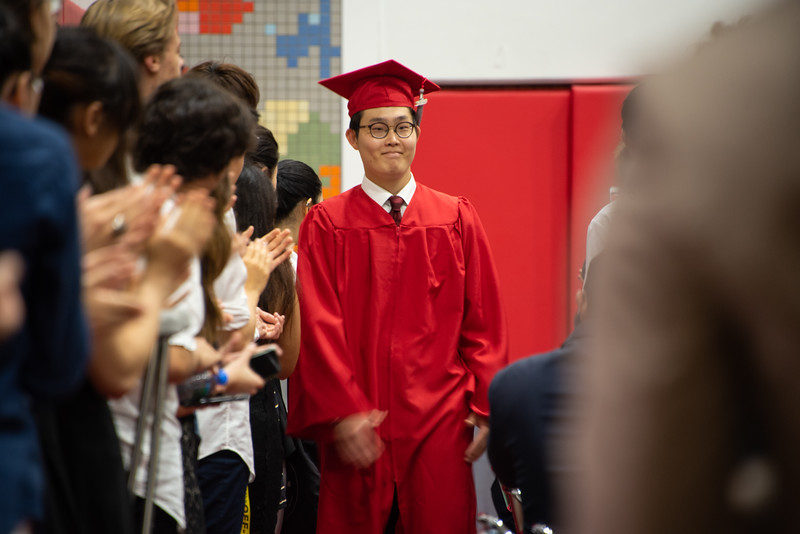Senior -Graduation-YIS_2983-2018-19.jpg