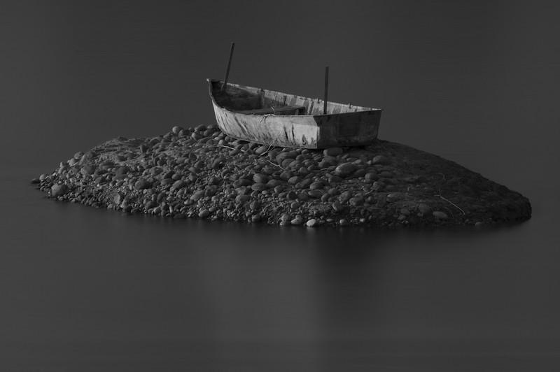 dead boat