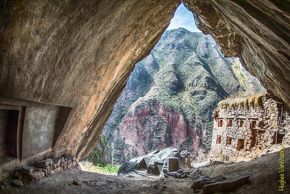 Ñaupa Iglesia - Valle Sagrado de los Incas - Cusco - Perú