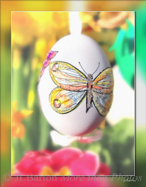 Hand painted Easter Egg Austrian