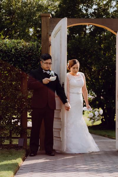 Kaitlin_and_Linden_Wedding_Pre_Ceremony-44.jpg