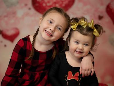 Guthrie Girls Valentine Minis 2020
