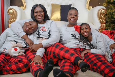 The Benoit-Daniels Family Christmas 2020