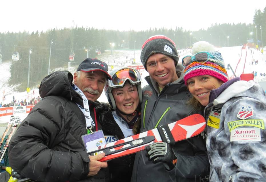 Description of . jeff shiffrin, mikaela, taylor, her brother and mom, eileen pose for a photograph. photo courtesy the Shiffrin Family.