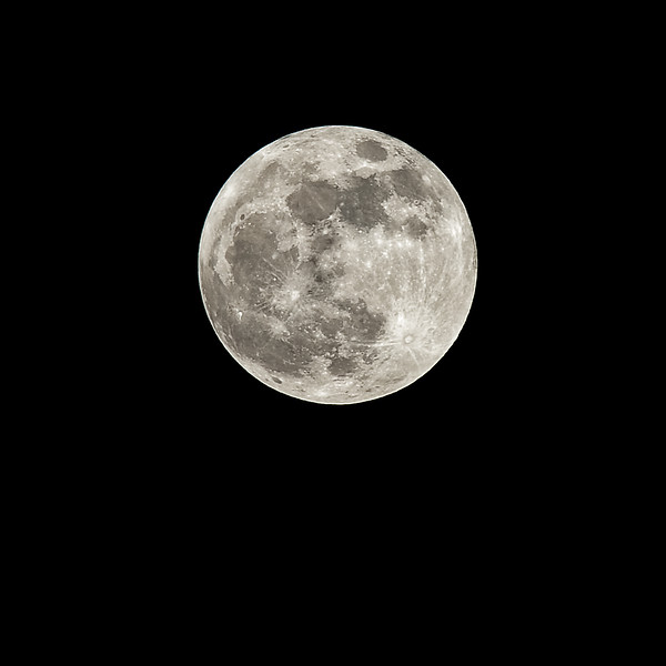 01 Super Moon (May 2012).jpg