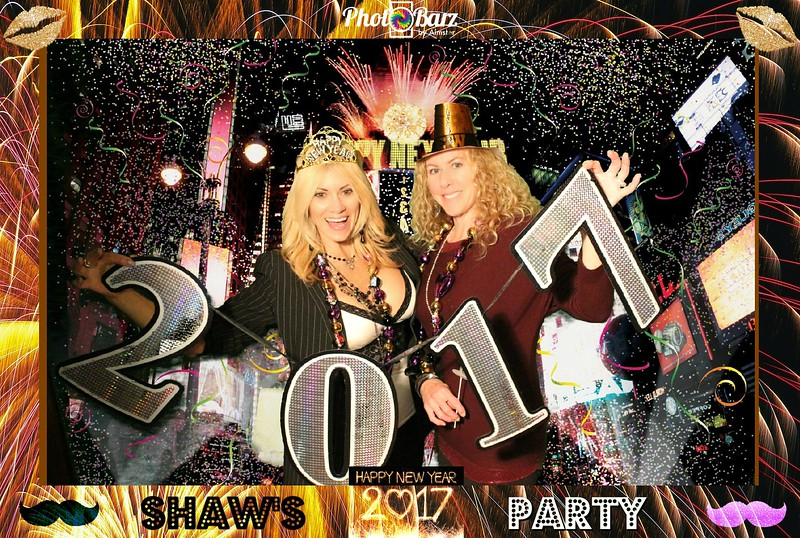 Shaws NYDay Party (94).jpg