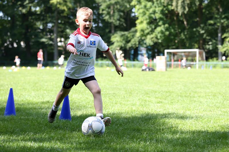 hsv_fussballschule-223_48047951776_o.jpg
