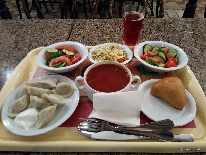 001 Kyiv, dinner at Puzata Hata.jpg