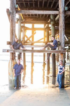 The Harding Family Photos Fall 2018 - Crystal Pier sunset