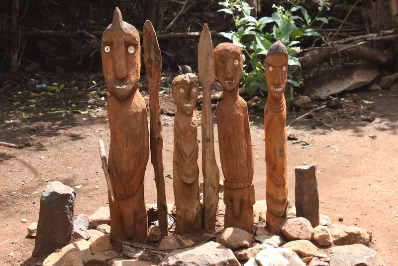 totem poles erected on the tombs of the Konso dead