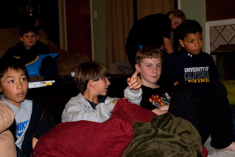 09 - Dec - 11 - Jr High 6th Grade All-Nighter-3839