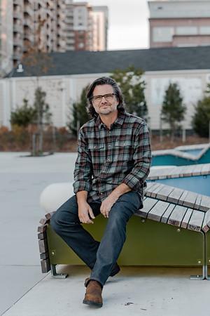 ARLINGTON : Mark Manlove