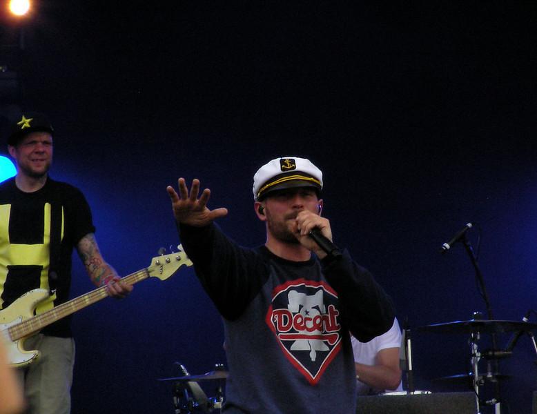 Beatsteaks Pinkpop 13-06-11 (2).jpg