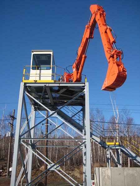 NPK B700 railcar unloader (sn 1N8416) (4).jpg