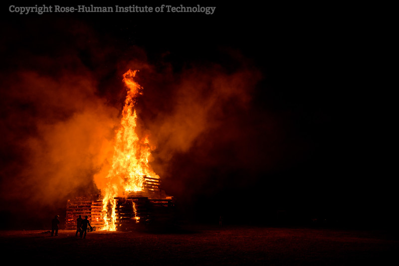RHIT_Homecoming_2017_BONFIRE-21615.jpg