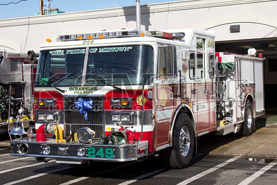 Oceanside Engines 243 and 249 [11-23-14]