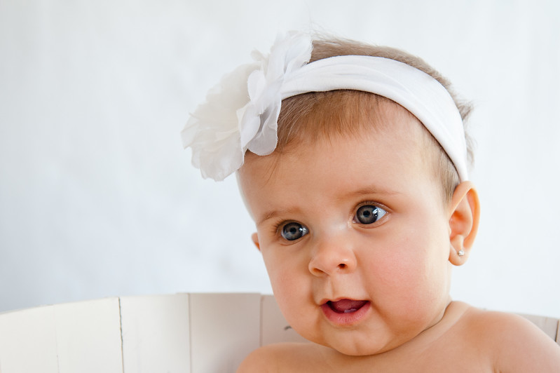 Lily at 6 months-4869.jpg