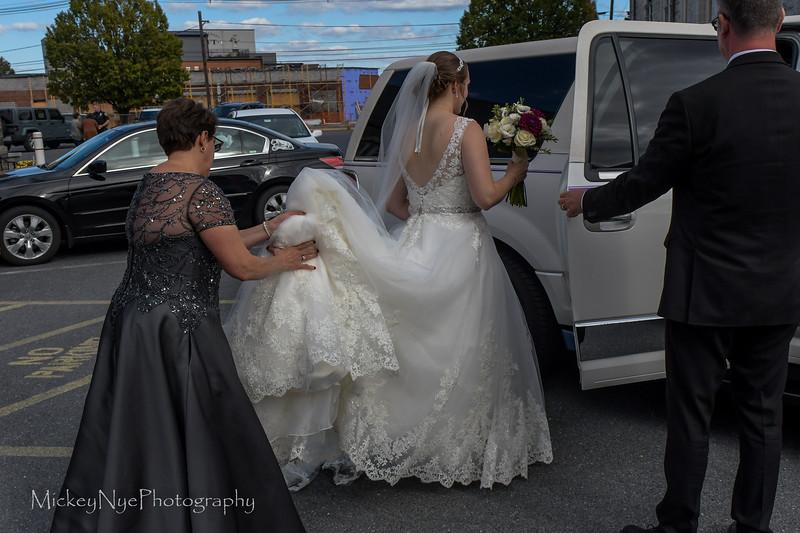10-05-19 Becca Dayne Wedding Wide Lens-6667.JPG