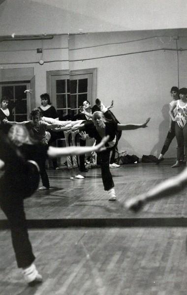 Dance_0215_a.jpg