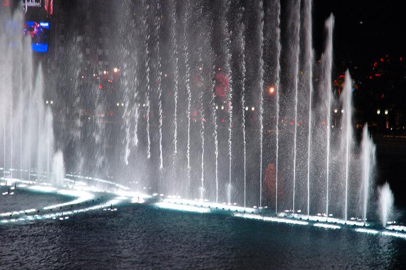 Fountain07.JPG