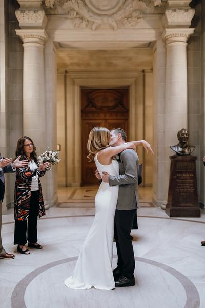2018-10-04_ROEDER_EdMeredith_SFcityhall_Wedding_CARD1_0216.jpg