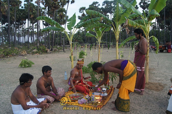 எழுவைதீவு-முத்தன்காடு முருகமூர்த்தி தேவஸ்தான வேட்டைத்திருவிழா-2018