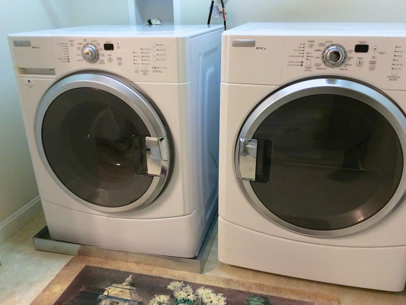 HE Washer, Gas Dryer