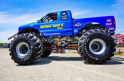 8.6.17 Monster Trucks