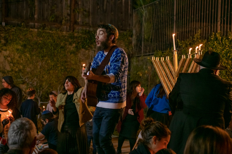 Brentwood Chabad -Chanukah874.jpg