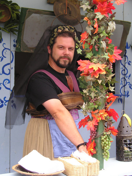 Renaissance Pleasure Faire, Hollister 2006: In the food court. Isn't she--er--um--she?--a comely wench?