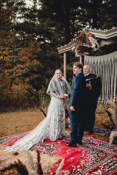 Requiem Images - Luxury Boho Winter Mountain Intimate Wedding - Seven Springs - Laurel Highlands - Blake Holly -978.jpg