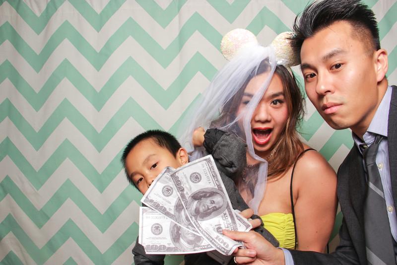 2014-12-20_ROEDER_Photobooth_WinnieBailey_Wedding_Singles_0674.jpg