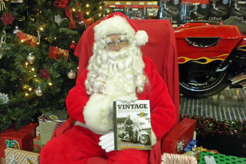 919 Christmas at J&P Cycles Destination Daytona Superstore.jpg