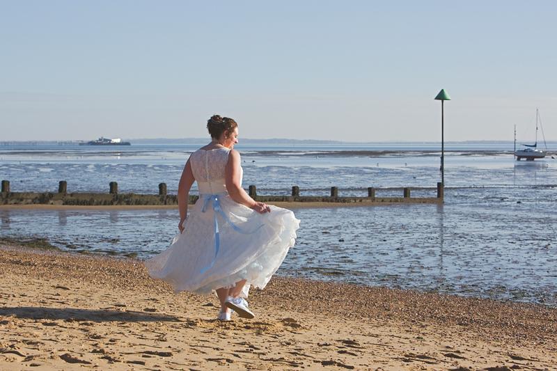 wedding-photographer-bride-beach-southend-(38).jpg