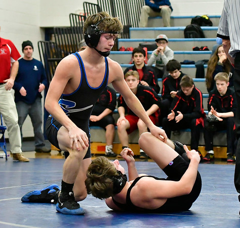 12/22/2018 Mike Orazzi | Staff Bristol Eastern's Gabe Soucy and Northwestern's Marco Folino in a 138 match at Eastern in Bristol Saturday morning.
