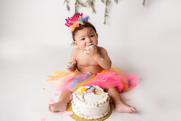 Gia N.  (1st Birthday Cake Smash)