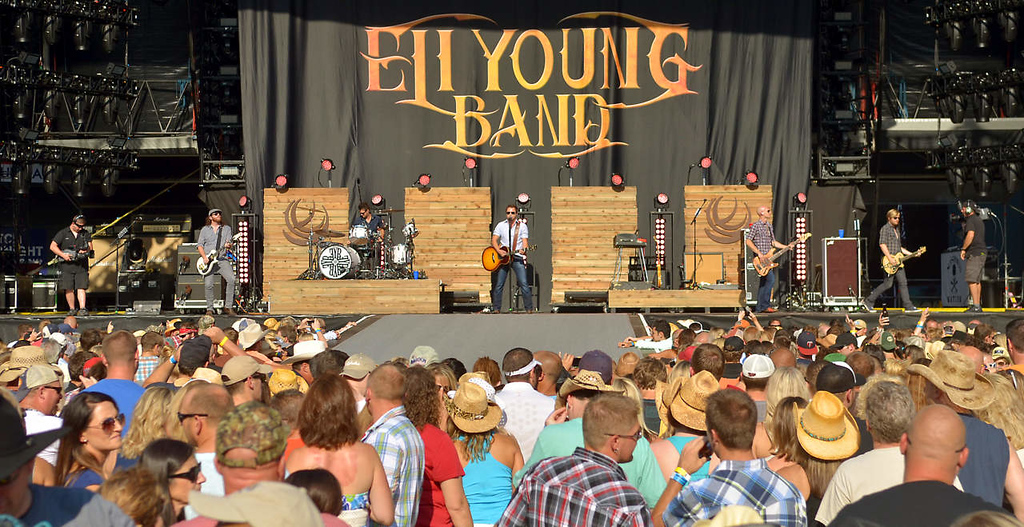 . The Eli Young Band was one of the opening acts for Kenny Chesney. (Pioneer Press: John Autey)