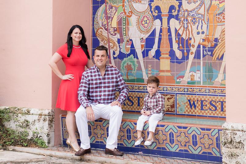 Holiday 2020 Tempone Family-75.jpg